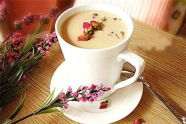 红色巴士奶茶加盟店