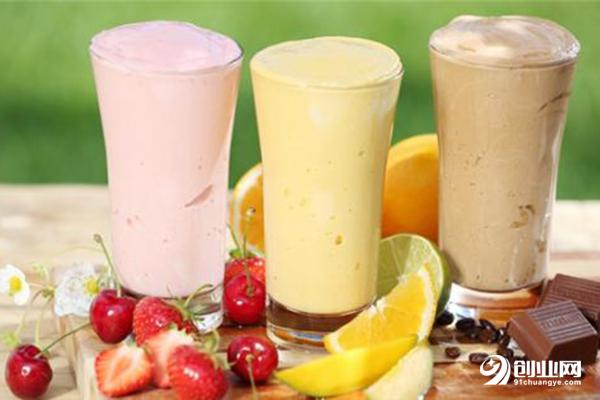 小成本加盟饮品哪个好?可米奶茶加盟给你信心