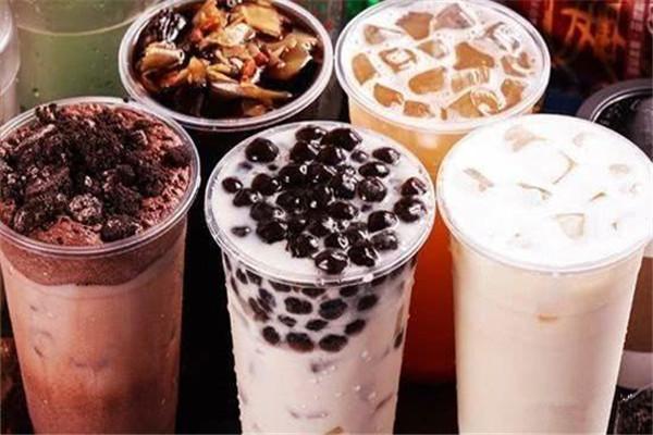 花钱加盟个奶茶店合适吗