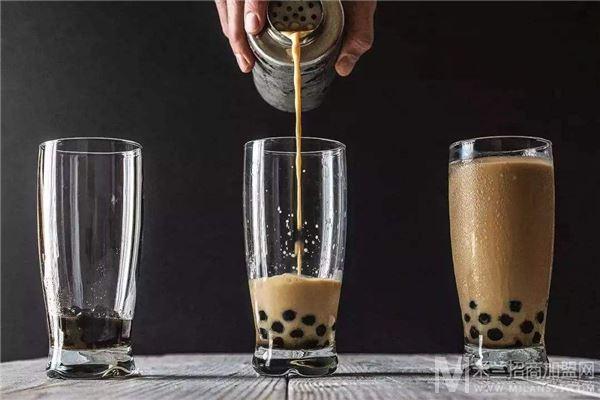 茶小主奶茶加盟