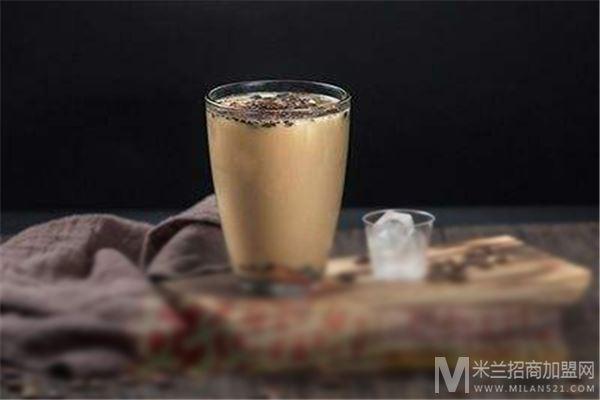 甜小密奶茶加盟