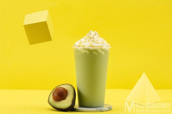 青可奶茶加盟