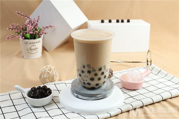 泉钟奶茶加盟