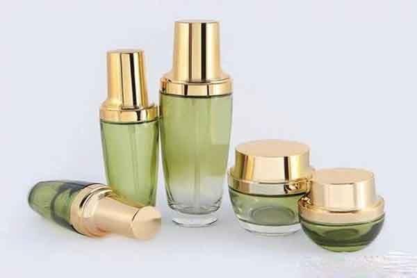 品萱化妆品加盟